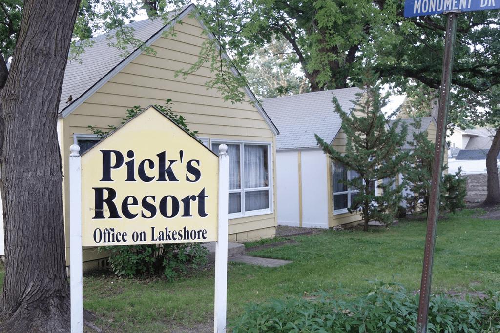 Picks-Resort--Munument-Dr-Web